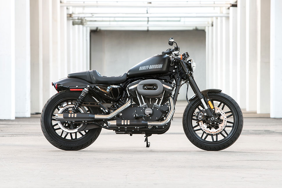 Now Theyre Bringing A New Slant To The Sportster Lineup With Freshly Debuted 2016 Roadster